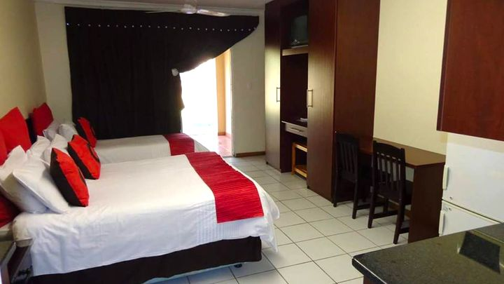 Rustenburg Town Accommodation at Stop 'n Stay Lodge | TravelGround