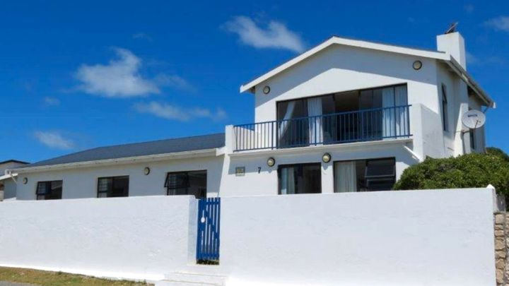 Arniston Akkommodasie by Sea Cottage Too | LekkeSlaap