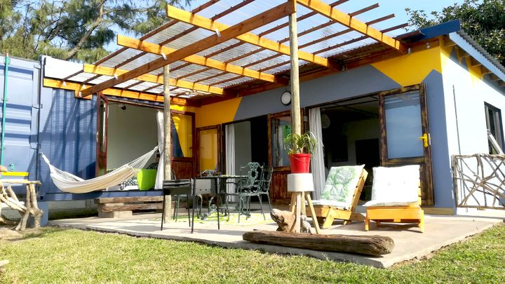 Pumula Accommodation at Blue Space Beach House | TravelGround